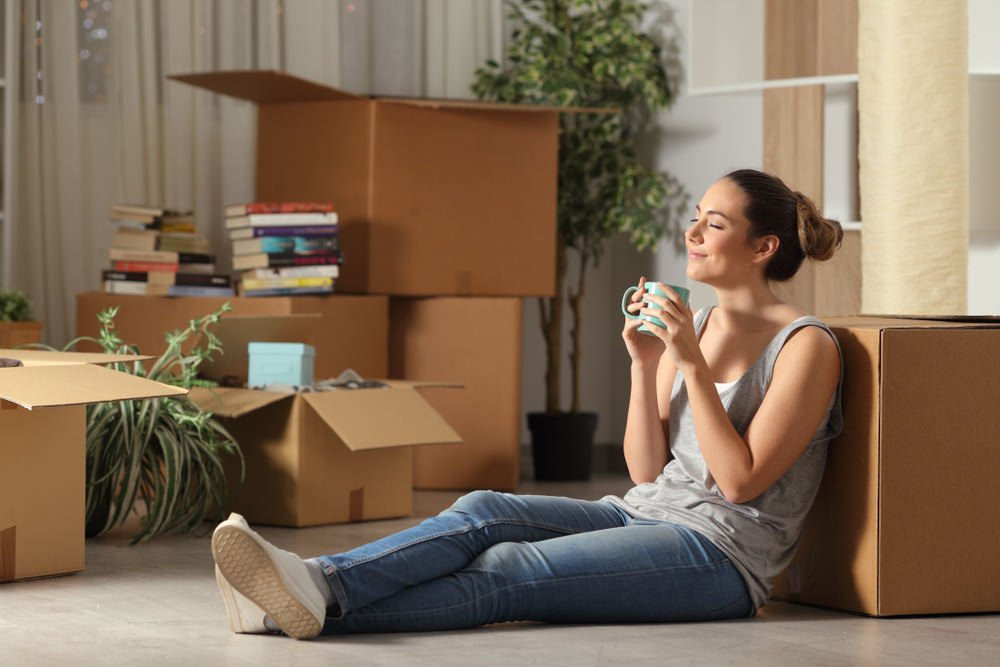 Redfin: More single women are buying homes